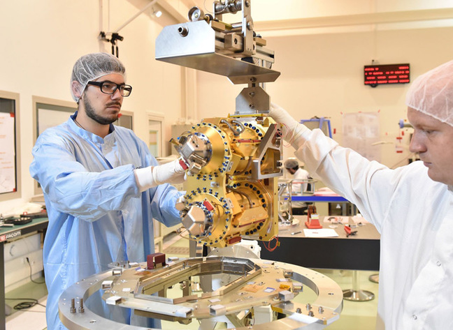 Integration of the T-Sage instruments. Pic: CNES / Girard Sébastien