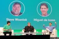 Miguel de Icaza on stage with Steve Wozniak at the Evolve 2016 conference