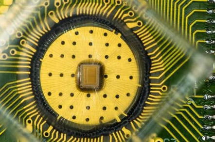 PCM IBM chip, photo IBM
