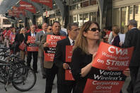 Verizon workers on the picket line