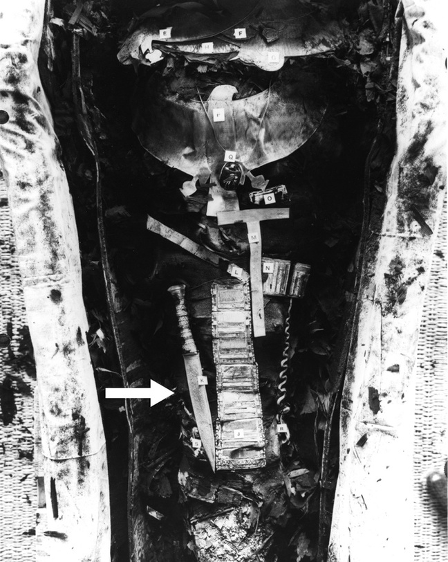 Photo of Tutankhamun's mummy showing the dagger. Pic: Wiley