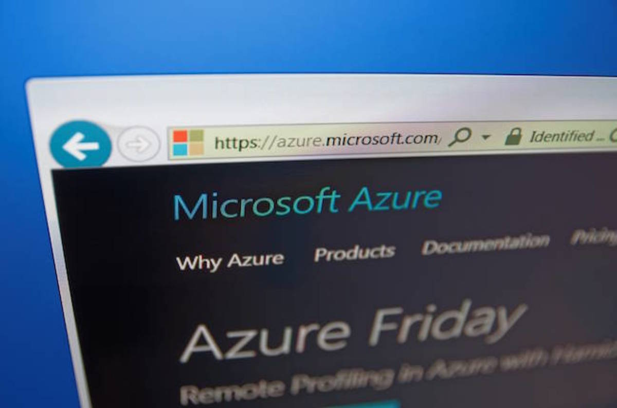 Microsoft gets edge on AWS with Azure Stack for government