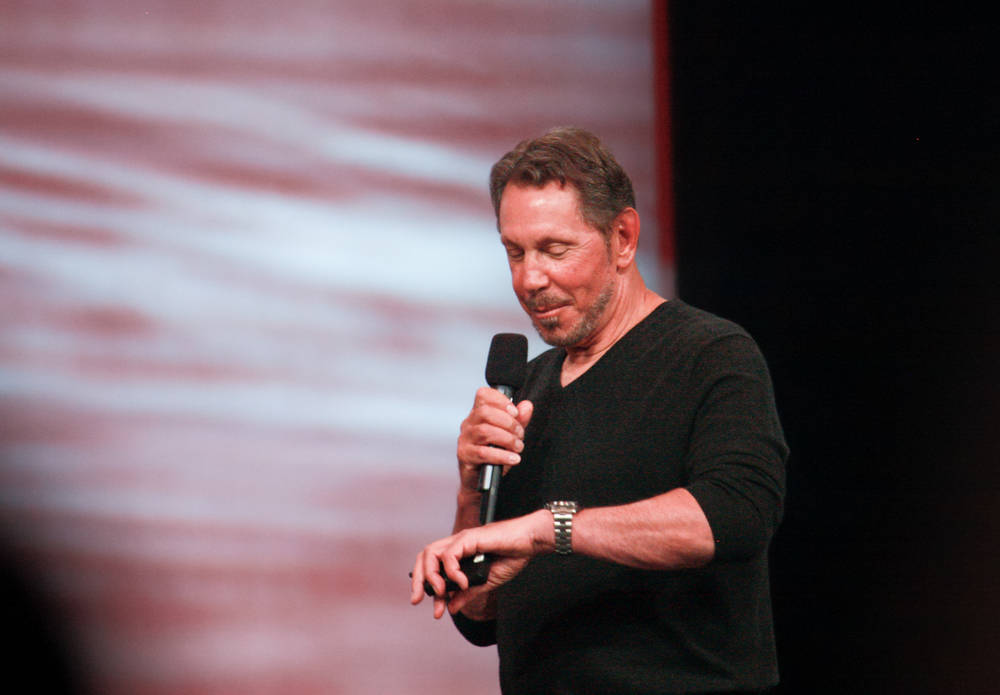 photo of Oracle staff say Larry Ellison's fundraiser for Trump is against 'company ethics' – Oracle, ethics... what dimension… image
