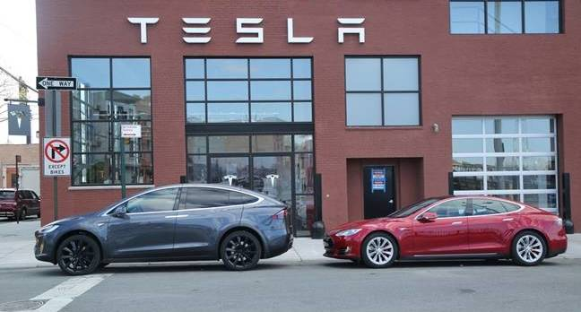 tesla hit by class action sueball over autopilot software updates the register. Black Bedroom Furniture Sets. Home Design Ideas