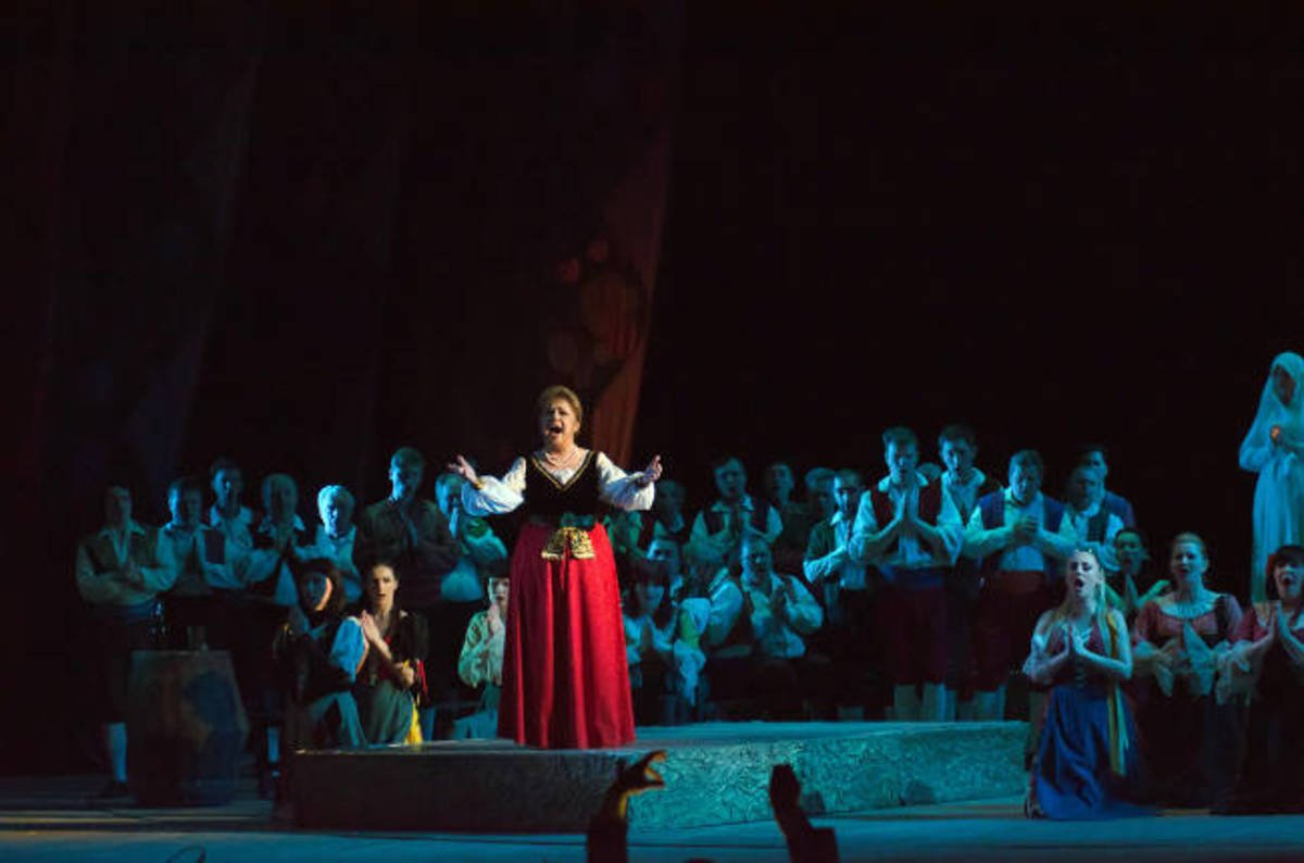 China-owned Opera touts big comeback • The Register
