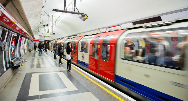 Google DeepMind 'learns' the London Underground map to find best route