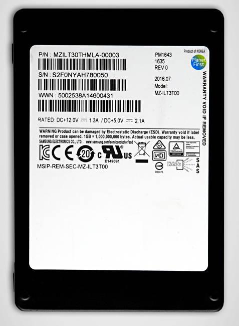 Samsung_32TB_SAS_SSD