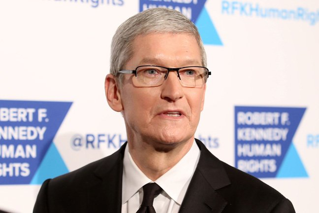 Apple boss decries 'data industrial complex' while pocketing, er, billions to hook Google into iOS