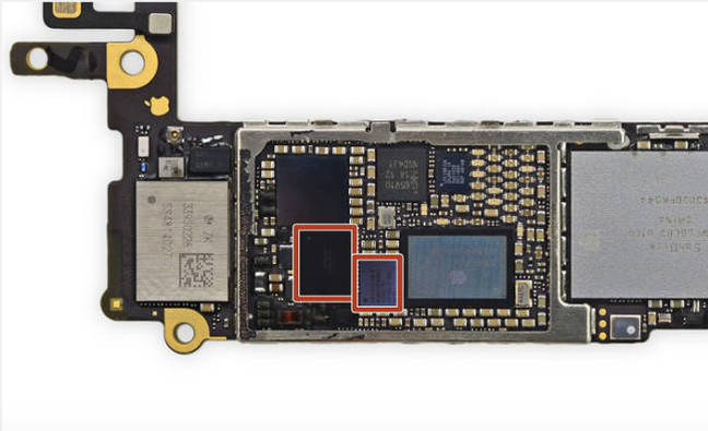 iFixit shot of bad IC chips