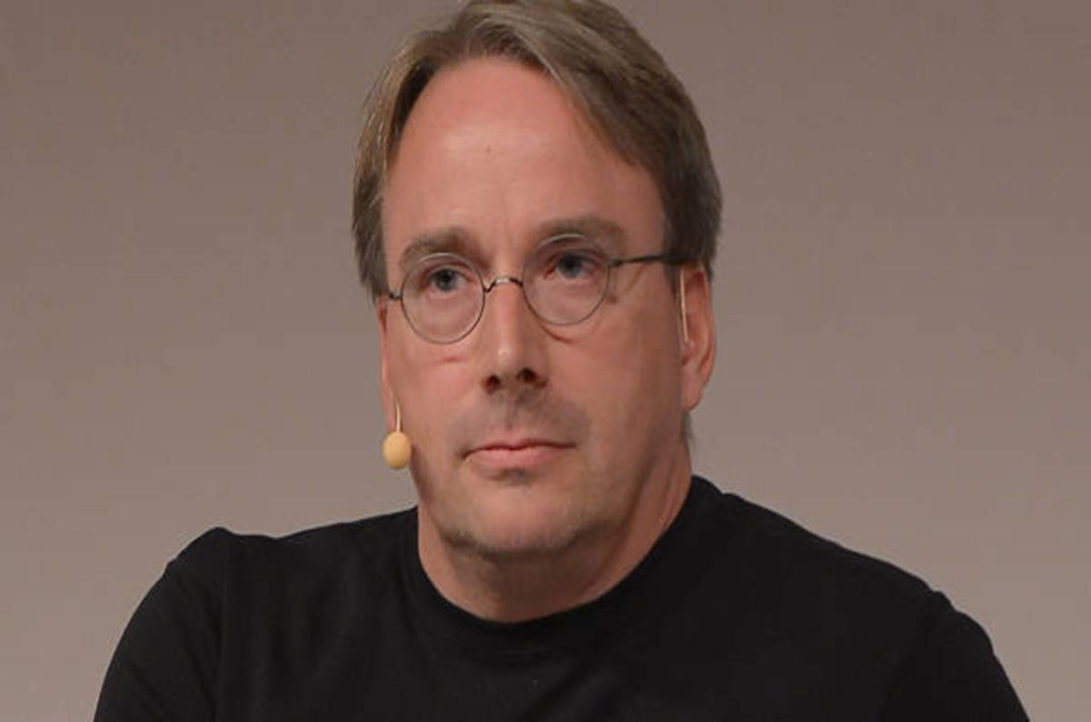 Linus Torvalds Admits Buggy Crap Made It Into Linux 4 8