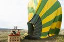 Hot air baloon, photo by Wollertz via Shutterstock