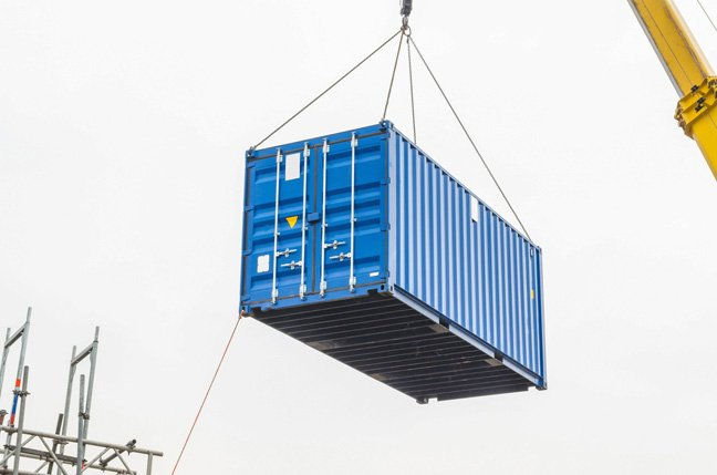 Mind the crane: Windows Server containers loaded up on the Azure Kubernetes Service