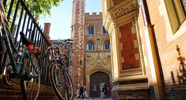 Cambridge bikes photo MK Jones via Shutterstock
