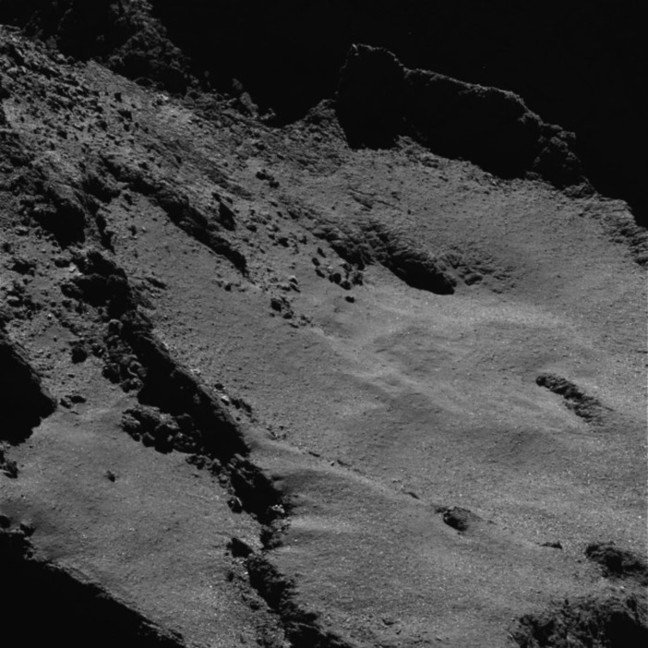 Close up view of the comet as Rosetta is coming down to surface. ESA, CC BY-SA