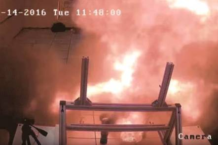 Samsung are amateurs – NASA shows how you really do a battery fire
