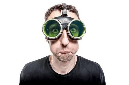 aae89949ca3e Startling news  Users find sticking a smartphone over their eyes a bit  rubbish