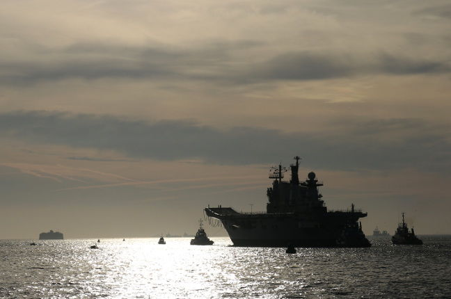 HMS Illustrious leaves for the sunset. Pic: Kavan