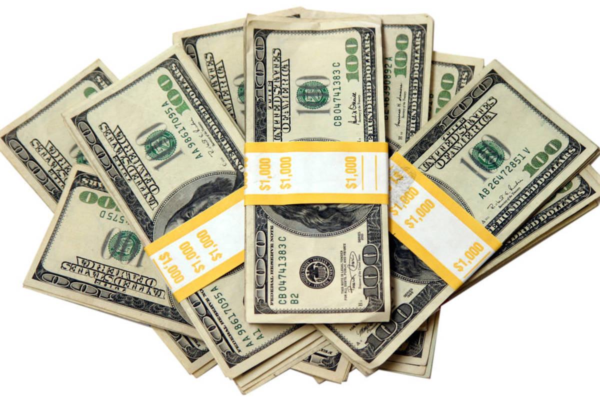 Piles_of_money