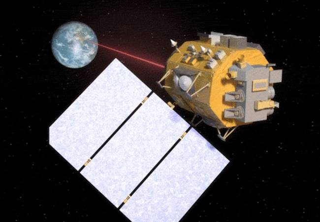 NASA developing laser tech for high-speed space internet