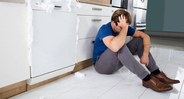 Overflowing dishwasher shutterstock
