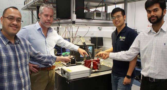 The CUDOS microwave photonics team