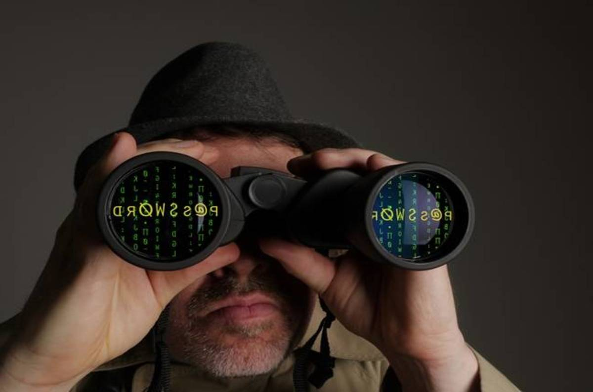 Spying_shutterstock