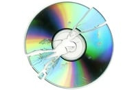 Broken optical disk