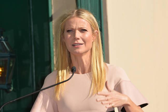 fakes Gwyneth paltrow