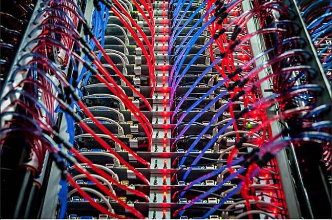 OVH_server_rack_liquid_cooling