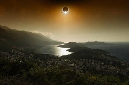Don 39 T Make Aug 21 A Blind Date Beware Crap Solar Eclipse