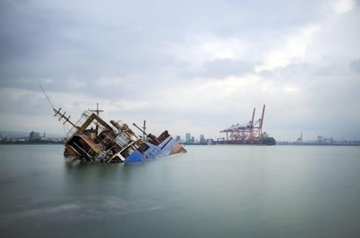 Ship_shutterstock