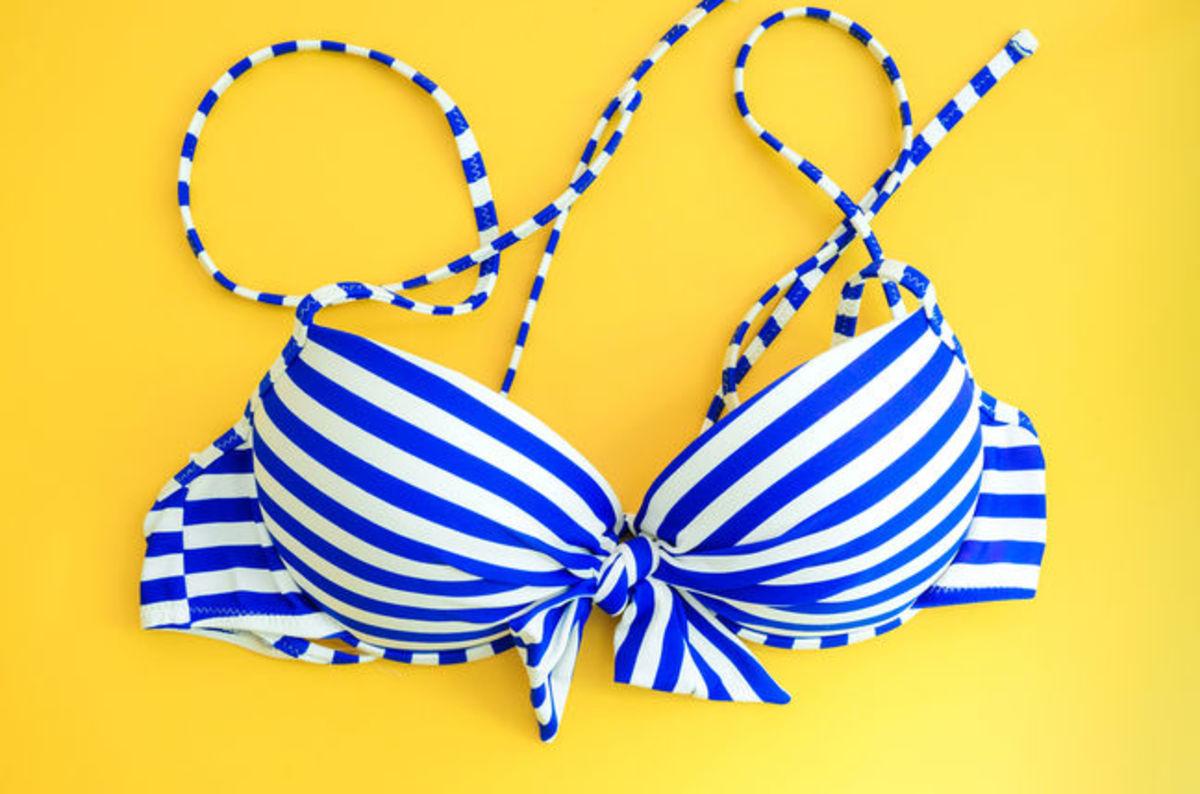 photo image Undercover police investigation into 'bikini baristas' reveals all