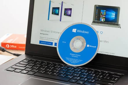 A Windows 10 DVD