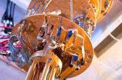 Microsoft étudie l'informatique quantique cryogénique pour résoudre les problèmes du monde