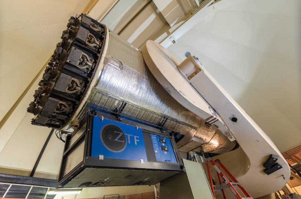 photo image 576-megapixel 'Zwicky Transient Facility' telescope sees first light