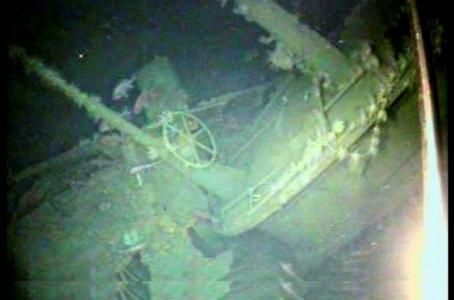 Navy finds HMAS AE1 submarine wreck 100 years after it sank