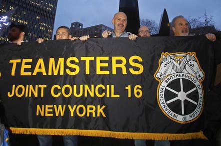 No parcel drones  No robo-trucks – Teamsters driver union