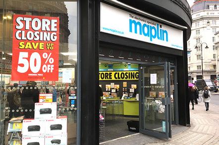 Snap of London Waterloo Maplin store closing sale
