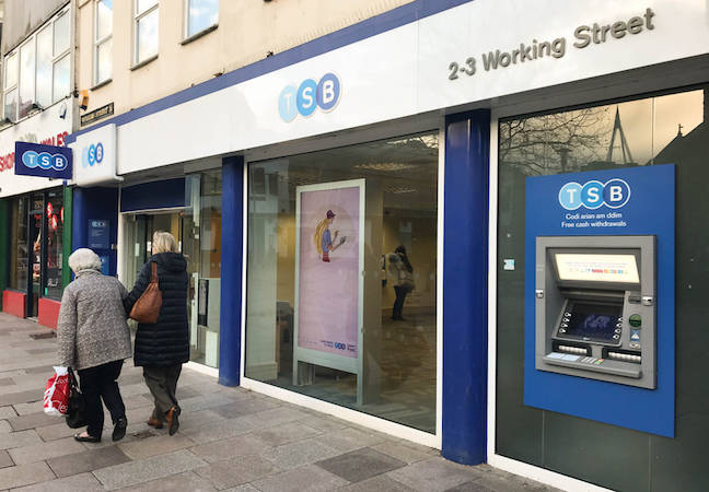 photo of IT meltdown outfit TSB to refund all customers that fall victim to fraud in 'UK banking first' image