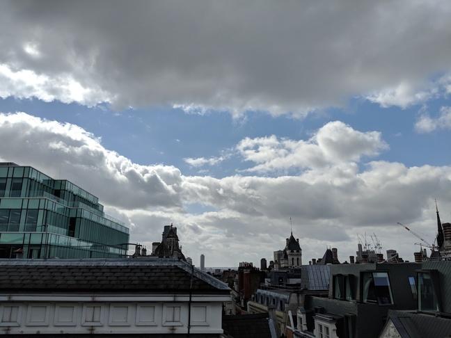 Google Pixel 2 Skyline full image at 50pc