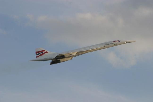 Take-off crash 'n' burn didn't kill the Concorde, it was