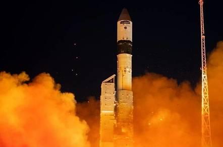 Sentinel-3B Lift Off  (pic: ESA)