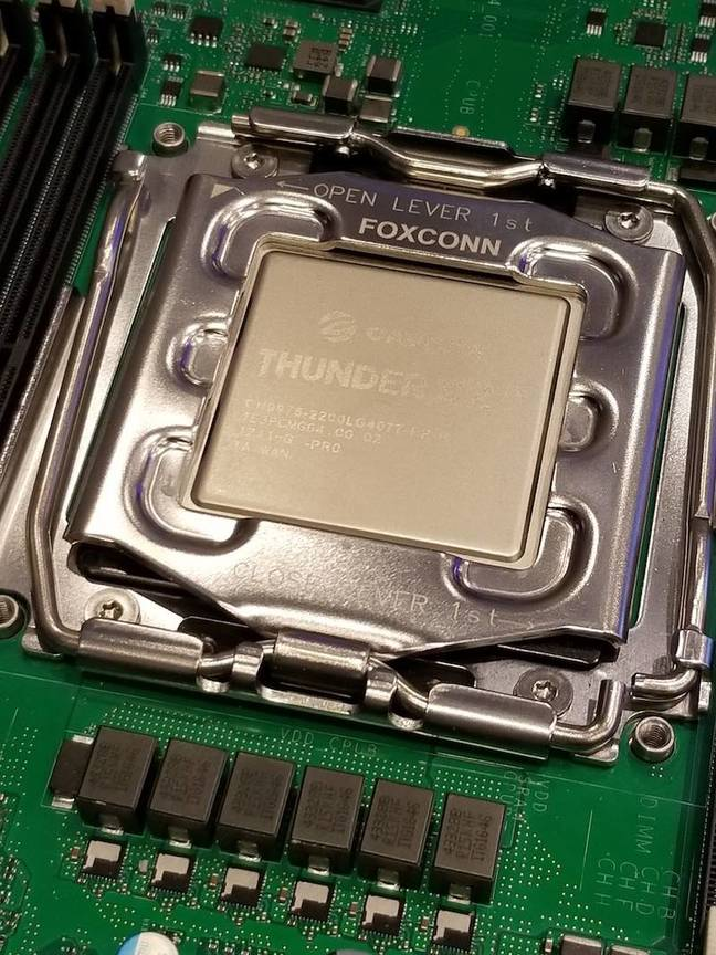 Close up of the ThunderX2 processor