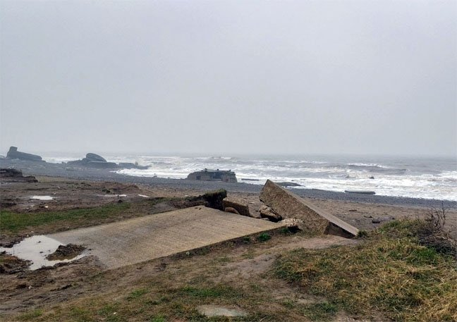 Remains of the Godwin Battery photo by Alun Taylor