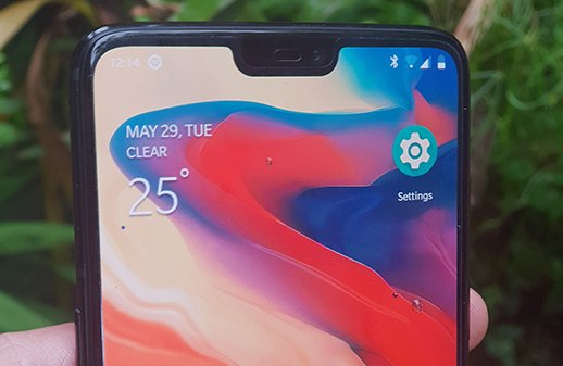 OnePlus 6 has a notch - you can turn it off
