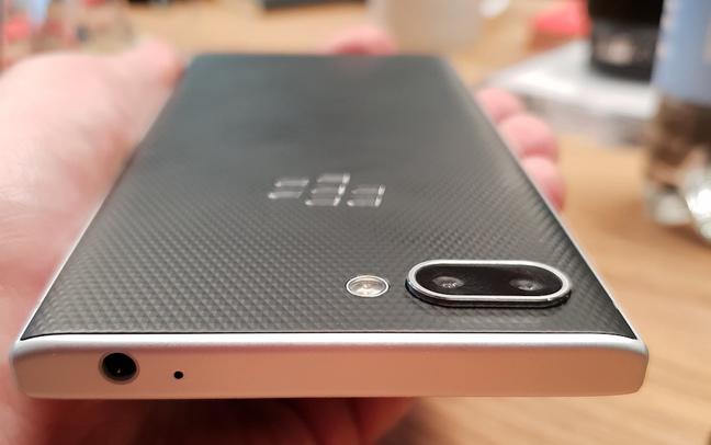 BlackBerry Key2 Silver - Top