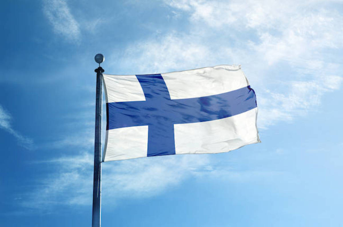 ♬ Finland, Finland, Finland, the country for new cloud DCs ♬