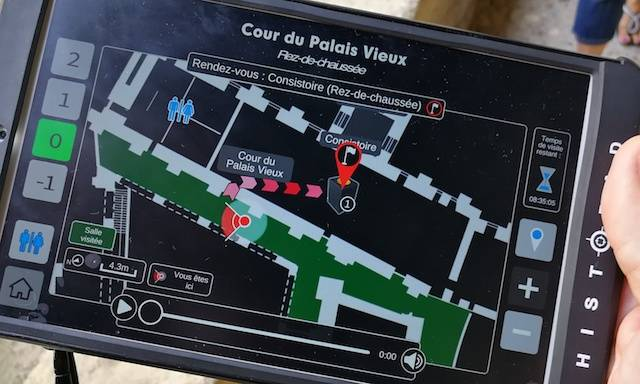 Tourist guide app at Palais des Papes Avignon