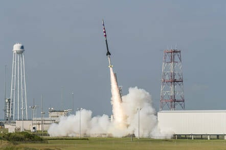 NASA_sounding_rocket