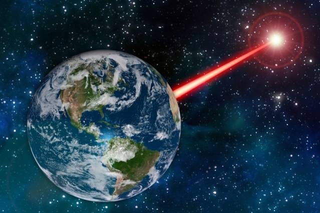 New Study Suggests Using 'Porch Light' Laser Setup to Call Extraterrestrials